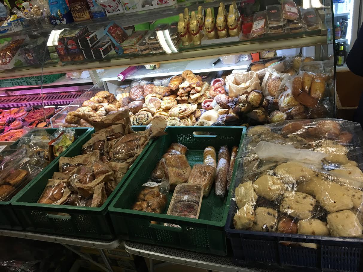 A l'épicerie de l'Espérance avec les travailleurs de la faim