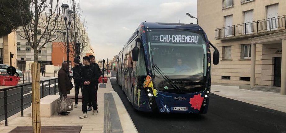 A bord du nouveau tram bus de la ligne T2